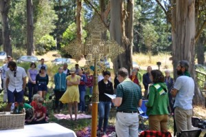 Parish Picnic worship through the cross