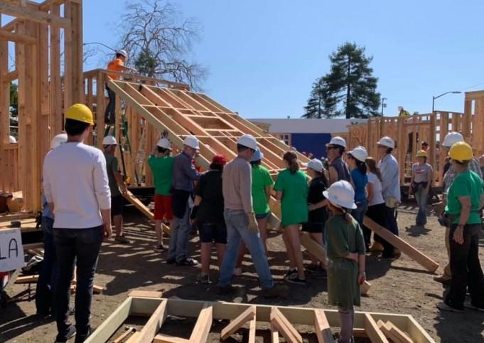 raising the tiny house roof